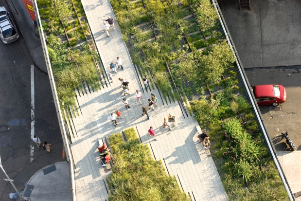 Highline - fonte: http://thephnompen.asia/2012/04/23/the-nyc-highline-versus-the-sydney-monorail/